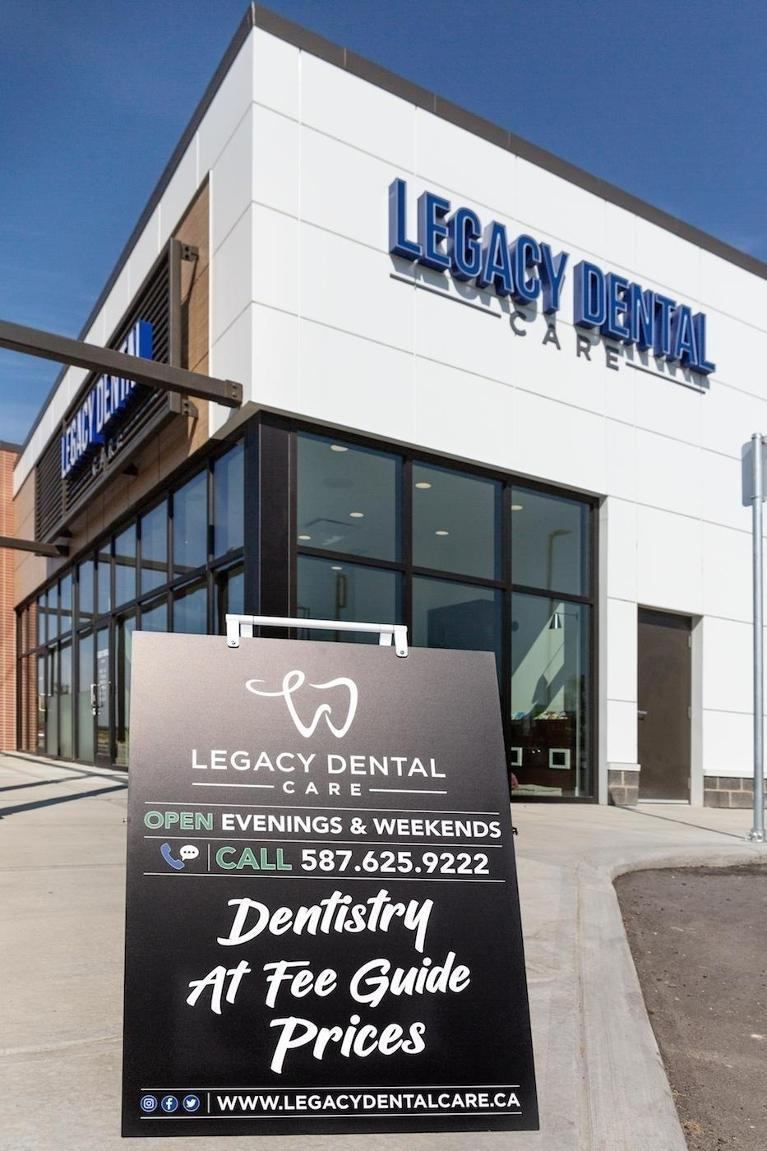 Exterior and Sign of Office | Legacy Dental Care